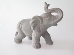 ELEPHANT EN TERRE CUITE