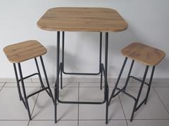 TABLE BAR + 2 TABOURETS