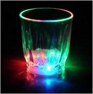 2 VERRES SHOOTERS LUMINEUX